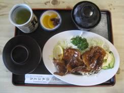 「丸保(まるほ)」、「麦とホップ 赤」そして「いかとさといものわた煮」