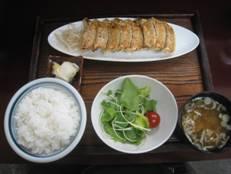 「ぎょうざのカネ蔵」・・・浜松餃子