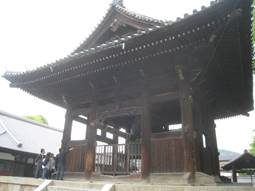「嵐山」「金閣寺」「北野天満宮」「寒梅館」「方広寺」「豊国神社」「豊国廟」、そして「清水寺」